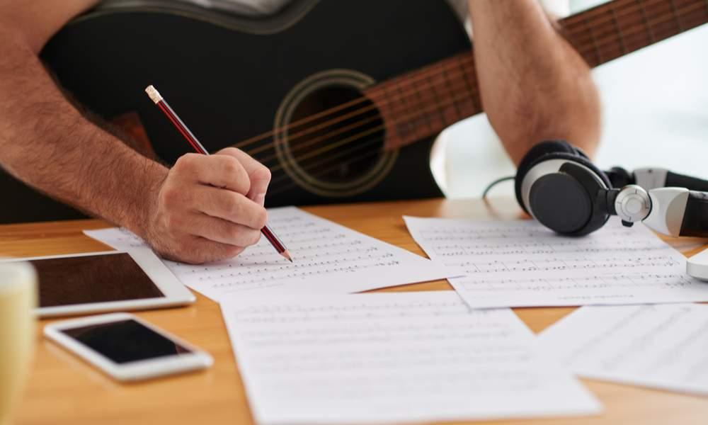 Comment apprendre à jouer de la musique ?