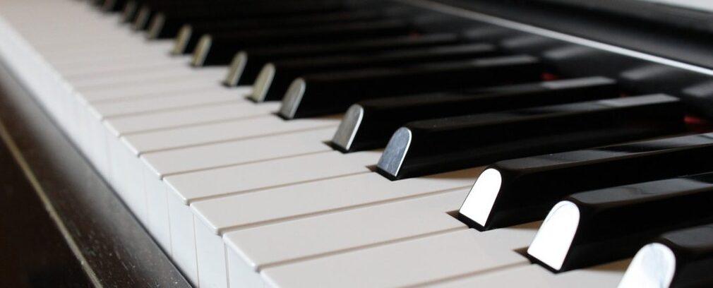 Quelles astuces pour jouer au piano ?