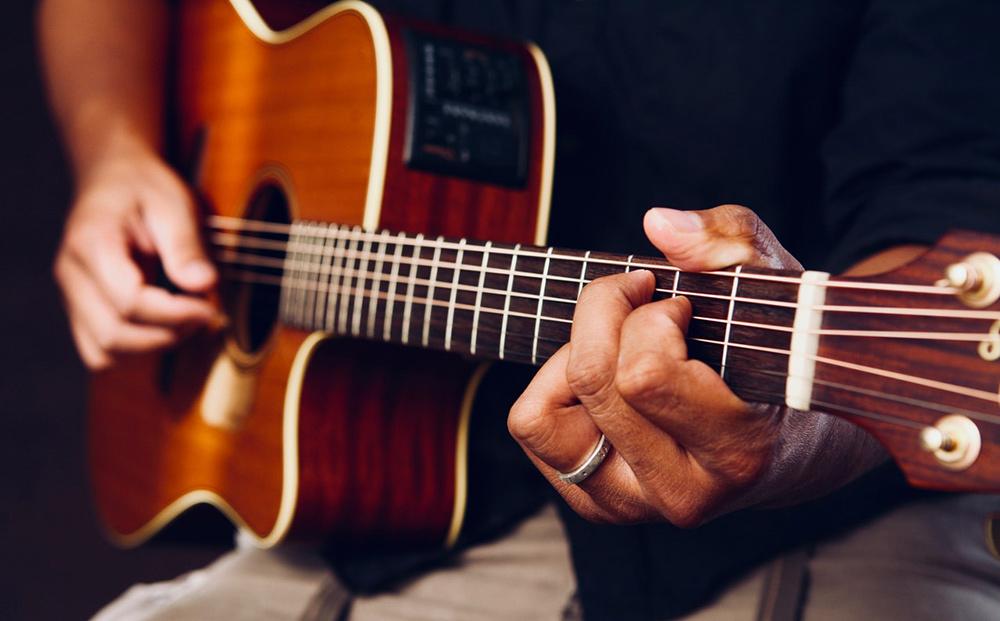 la guitare acoustique winzz