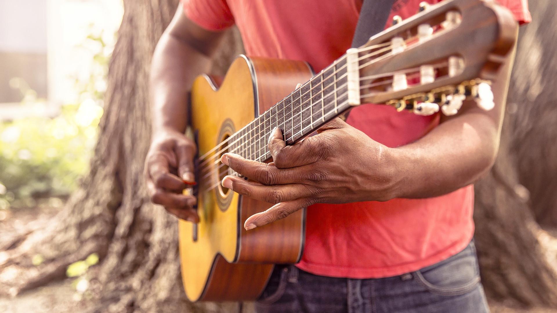 Pourquoi apprendre à jouer de la guitare ?